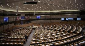 Hoţii au intrat în Parlamentul European. Zeci de eurodeputaţi sunt păgubiţi